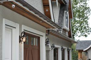 Gutters for custom homes