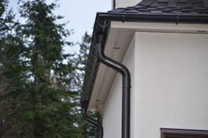 The Benefits of Hiring a Gutter Removal Service