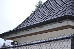 When to Repair or Replace Gutters